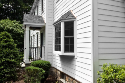 Royal Celect Siding Frost w/White Trim